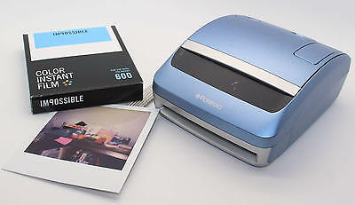 Polaroid One600 Instant Camera with brand-new pack of Impossible Film - Tested