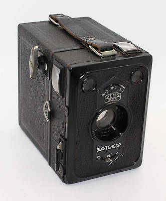 Zeiss Ikon Box Tengor 54/2 120 Film Box camera and leather case c1938 VGC/Tested