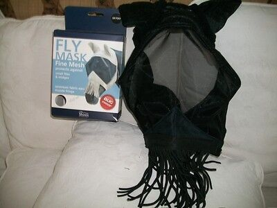 SHIRES BUG PROOF FLY MASK. Fabric ears and muzzle fringe. Small pony.