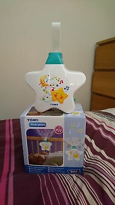 TOMY White Starlight Dreamshow Musical Cot Mobile Night Light Lullaby Player