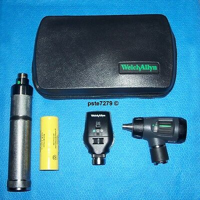 Welch Allyn 3.5V Portable Diagnostic Set; 23820 Otoscope; 11720 Ophthalmoscope