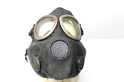 Vintage U.S. Army Military Surpus Rubber Gas Mask Respirator Viet Nam War Era