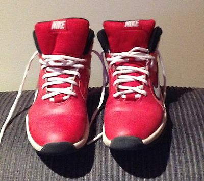 Nike RED  Basketball Shoes - Youth - size US 6Y