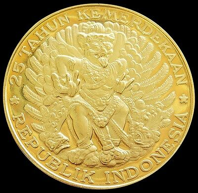 1970 GOLD INDONESIA PROOF 20,000 RUPIAH MASSIVE 50mm GARUDA BIRD COIN