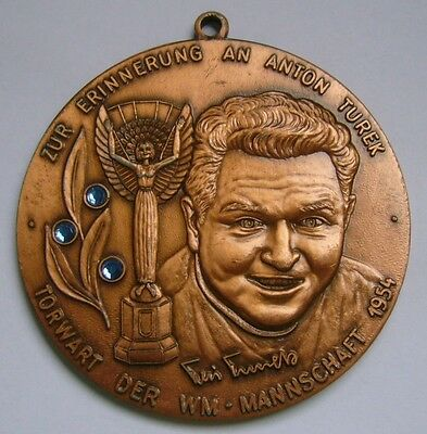 Huge medal in memory of Anton Turek, Goalkeeper of the World Cup team in 1954