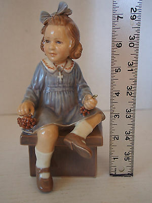 "Fine Dahl Jensen Copenhagen 1207 Else Girl w Berry Fruit Seated on Bench 7.5"" FC"
