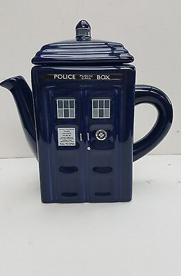 CERAMIC-DOCTOR-WHO-TEAPOT-HOLDS-750ml