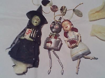 The WIZARD OF OZ CHRISTMAS TREE ORNAMENTS BOBBLEHEADS WHIMSICAL LAND OF OZ RARE!
