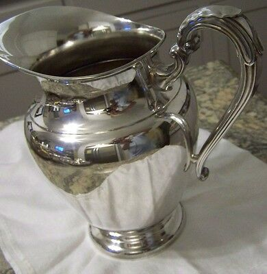 CLASSIC SILVER - LARGE WATER PITCHER - USEFUL SZ - 2 QUART - VASE or WATER ETC