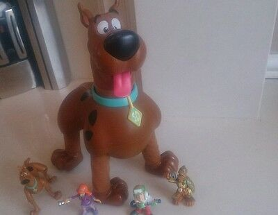 Scooby Doo Crazy legs and 4 characters