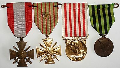 Lot 4 decorations military France (1)