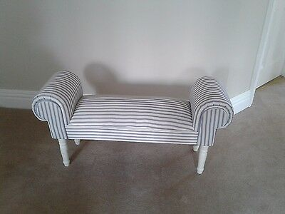 French chaise lounge/bed end window seat