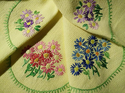 Gorgeous Vintage Hand Embroidered Daisy swags- Lemon Tablecloth