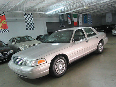 2005 Ford Crown Victoria 4dr Sedan Standard 1 OWNER 59K MILES ALL SERVICES DONE NEW TIRES WATCH VIDEO FLORIDA CAR