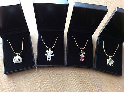 Job Lot Of 4  NEW Items Of Fashion Jewellery Gift Boxed Necklaces New 270617-10