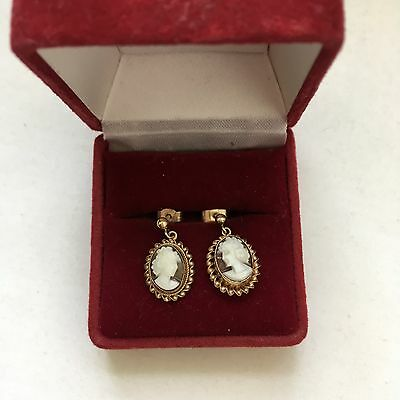 Pretty Pair of vintage 9ct Gold Cameo Dropper Earrings