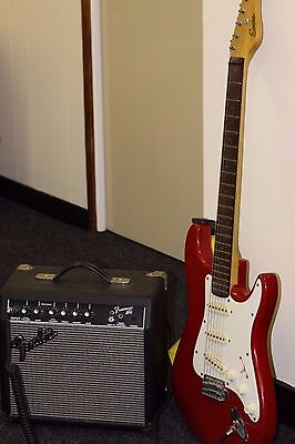Encore Electric Guitar And Fender Frontsman 15G Amplifier