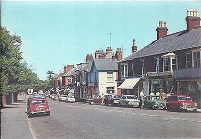 RARE OLD POSTCARD - HIGH STREET - WOBURN SANDS - BEDFORDSHIRE C.1968 Vintage Car