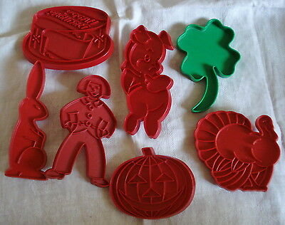 Vintage Lot TUPPERWARE COOKIE CUTTERS Turkey Jack O Lantern Shamrock Birthday