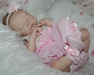 """Reborn baby girl """"Nina"""" Adrie Stoete Limited Edition  Laura Eagles Miracle Tummy"""