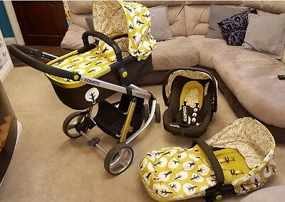 Cosatto Giggle 3 in 1 Treet Travel System. Pushchair/carrycot/car Seat
