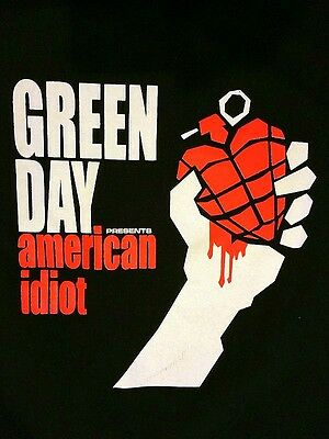 """GREEN DAY -  """"AMERICAN IDIOT"""" T-Shirt - Size LARGE"""