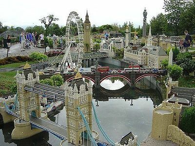 Legoland Windsor Tickets - 08/09/2017 FRIDAY 8TH SEPT ..2 available £20.00 Each