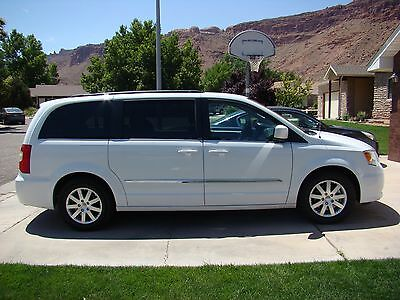 2014 Chrysler Town & Country Touring 2014 chrysler town country