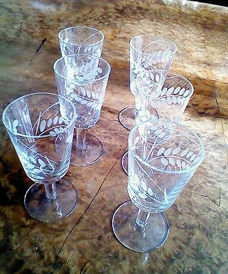 Set of 6 vintage liqueur glasses