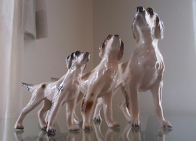 1900's ITALY MAJOLICA TRIO ENGLISH SETTER HUNTING DOGS FIGURINES ARTIST SIGNED