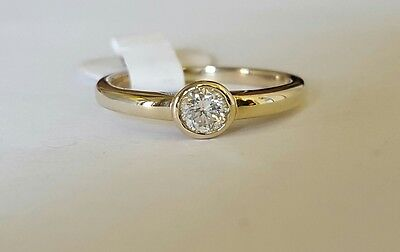 18ct white gold solitaire diamond ring 0.22ct