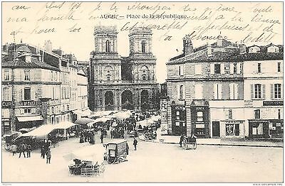 32-Auch-Marche Place De La Republique-N°R2042-D/0101