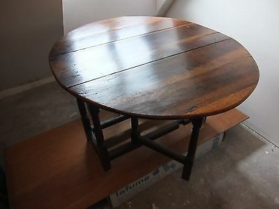 Table A Abattant (Gateleg Table) Anglaise En Chene - 17Eme Siecle.