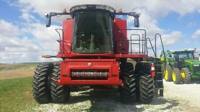 2014 Case IH 8230 Swathers & Windrowers