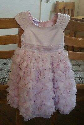 Beautiful girls dress from Chloe Louise. Size 12/18 month. Very good condition.