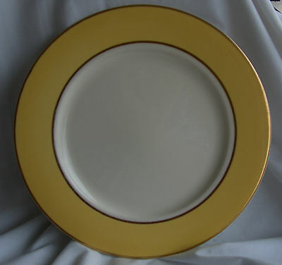 Taylor Smith & Taylor Classic Sunburst Yellow Rimmed Dinner Plate w Gold Trim