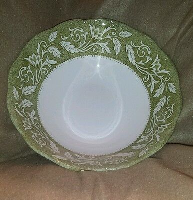 Renaissance Green by J&G Meakin 8 1/2 inch vegetable bowl