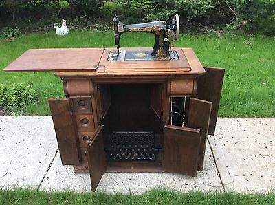 Antique 1920 Singer Treadle Sewing Machine Egyptian Sphinx in Rare Cabinet