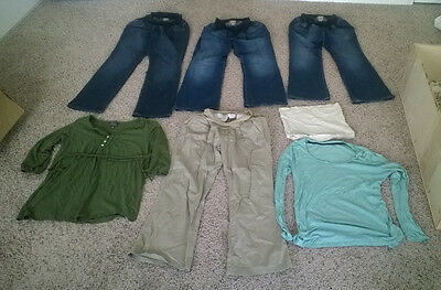 Lot of Maternity Pants and Shirts (5 pants, 2 shirts and 1 belly band)