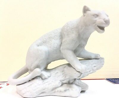 Vintage Leopard All White Porcelain FIGURINE BY ALDON ACCESSORIES 1974 NYC Japan