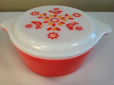 Pyrex Friendship #472 Round Casserole Red With Lid 1 1/2 Pint