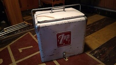 Vintage 1950s 7up cooler ice chest metal with tray - ALL ORIGINAL CONDITION