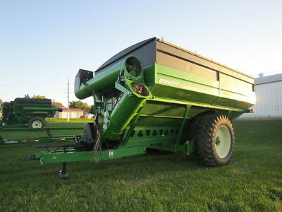 2010 Brent 1394 Grain Carts