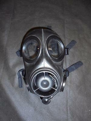 NEW British Military FM-12 Gas Mask / Respirator, Size 1,2,3 - Left or Right
