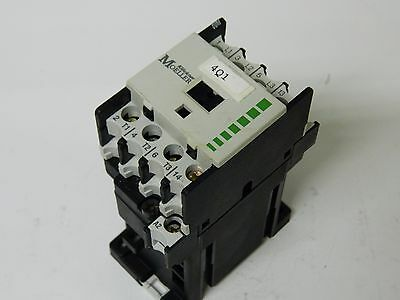 Moeller DIL00M-G-10 20A 4 polo 4kw 5hp Contactor 24vdc Coil.