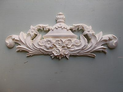 Ornate French Style Centre Pediment White Moulding For Mirror Or Fireplace