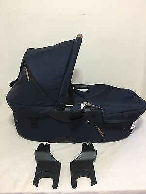 Mutsy Evo Bassinet With Adapters Blue