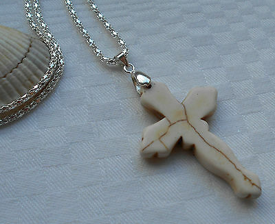 Unique lovely white turquoise cross gemstone pendant silver plated necklace