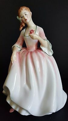 "Royal Doulton bone china figurine HN 3303 ""Tender Moment"""