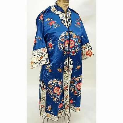 Vintage Chinese Embroidery Silk Robe